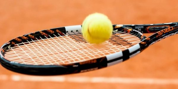 TENNIS CLUB CHATEAUNEUF – LINARDS